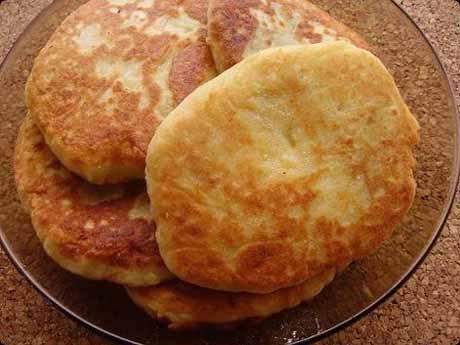 Картофельные котлеты из пюре на сковороде