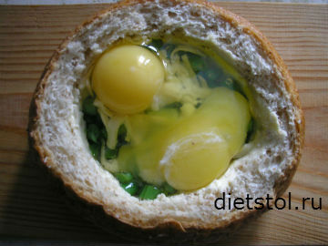 приготовление яйца в булочке фото