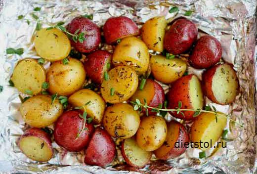 картофель по деревенски в духовке- фото