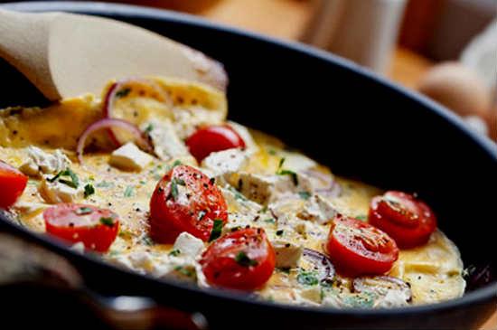 Яйца, помидоры, сыр рецепт