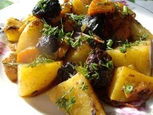 картофель с черносливом фото