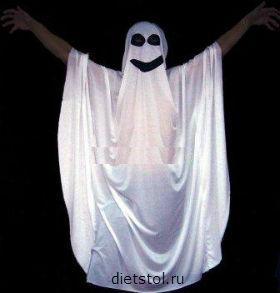 костюм приведения на Хэллоуин фото