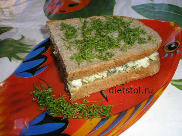 сэндвич с яичным салатом, рецепт яичного салата фото
