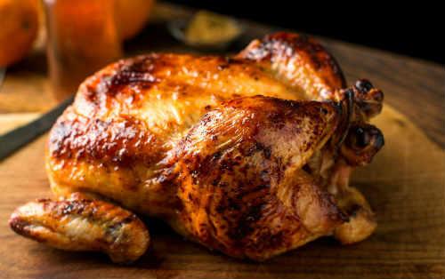 Как приготовить курицу на соли с чесноком