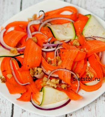 салат из свежей моркови и цуккини фото