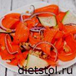 ленточный салат с цуккини с морковью фото