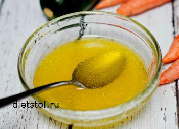заправка для салата из свежей моркови и цуккини - рецепт и фото