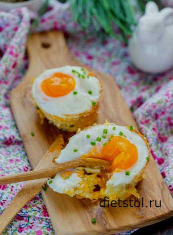 Картофельные гнезда с начинкой в духовке